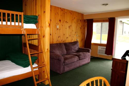 Northern Lights Lodge Photo