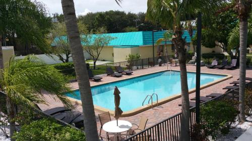 Days Inn Fort Pierce Midtown Photo