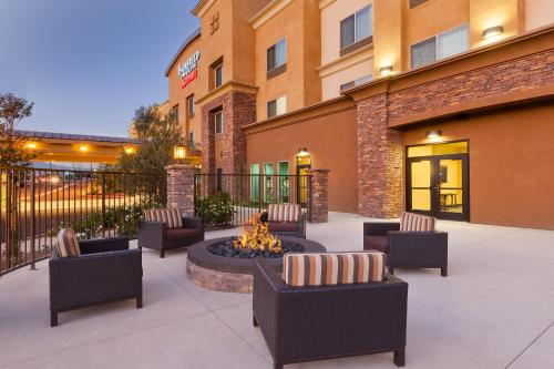 Fairfield Inn & Suites Riverside Corona/Norco Photo