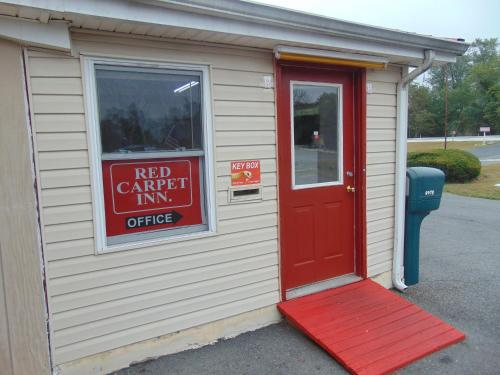 Red Carpet Inn Duncannon Photo