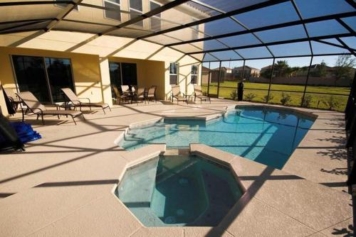 Solterra Pool Home 4023 Photo