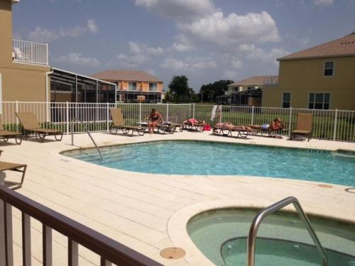 Serenity Townhome with Pool 17443 Photo