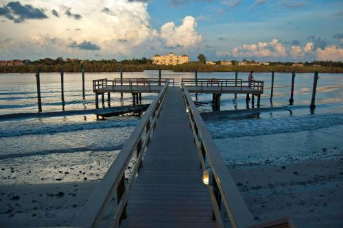 Legacy Vacation Resorts-Indian Shores Photo