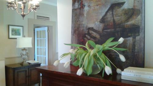 Plantation House Bed & Breakfast Photo