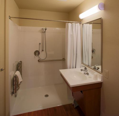Woodspring Suites San Angelo Photo