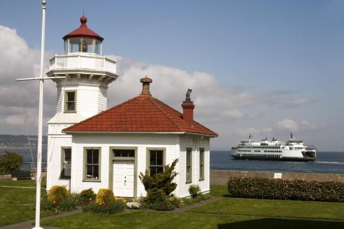 Silver Cloud Inn - Mukilteo Waterfront Photo