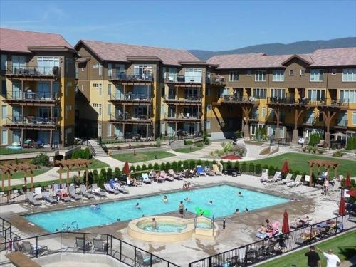 Two-Bedroom Apartment in Barona Beach Resort Photo