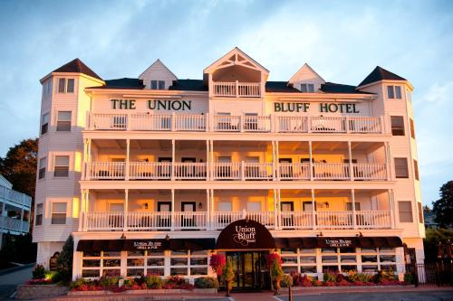 Union Bluff Hotel Photo