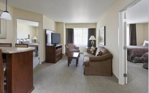 Staybridge Suites El Paso Airport Area Photo