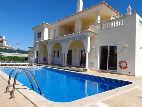 holidays algarve vacations Quarteira Villa Seven