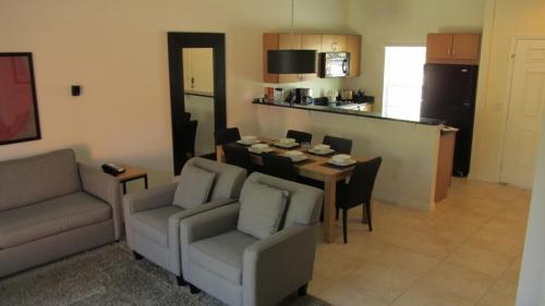 Encantada Two Bedroom BRM Photo