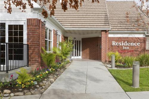 Residence Inn Sacramento Rancho Cordova Photo