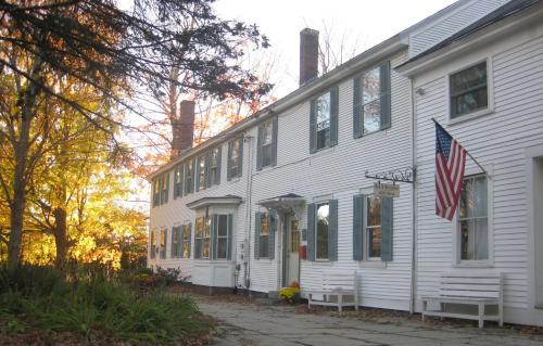 The Bridges Inn at Whitcomb House B&B Photo