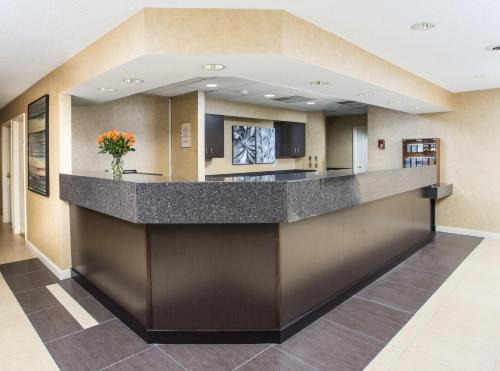 Residence Inn Topeka Photo