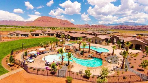 Paradise Village at Zion by Utah's Best Vacation Rentals Photo