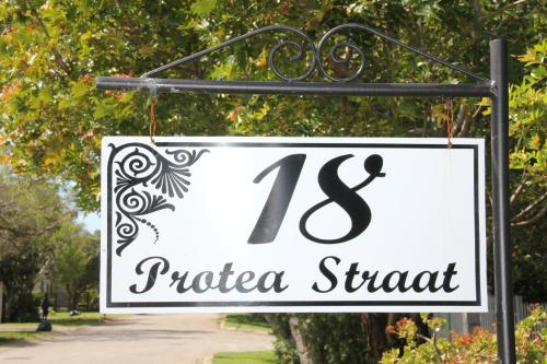 18 Protea Street B&B Photo