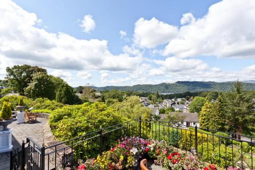 Thornbarrow Road, Windermere, Cumbria, LA23 2DF, England.