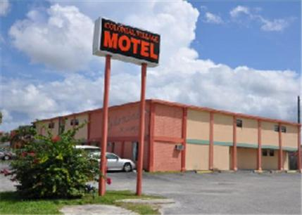 Colonial Village Motel