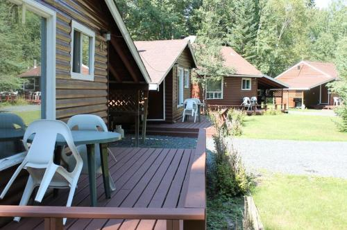 Tallpine Lodges Photo