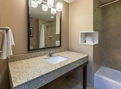 Courtyard By Marriott Abilene Northeast - Abilene, TX 79601