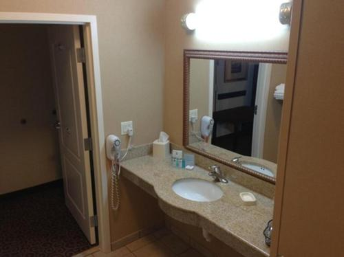 Hampton Inn Kingston Photo