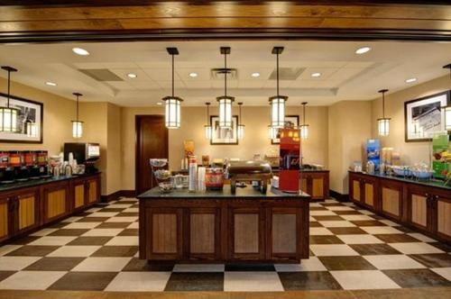 Hampton Inn & Suites Lake Placid Photo