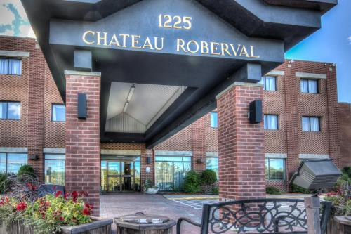 Chateau Roberval Photo
