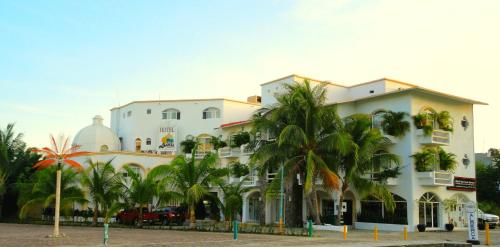 Hotel Bahia Huatulco Photo