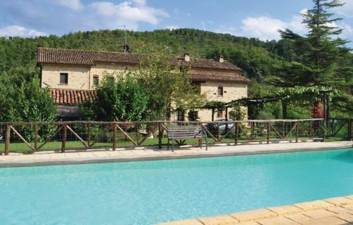 Prezzo Holiday home Monte S.Mar. Tiber. 37 with Outdoor Swimmingpool Monte Santa Maria Tiberina