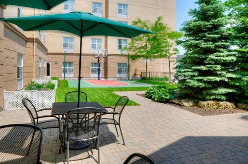Homewood Suites by Hilton Burlington Photo