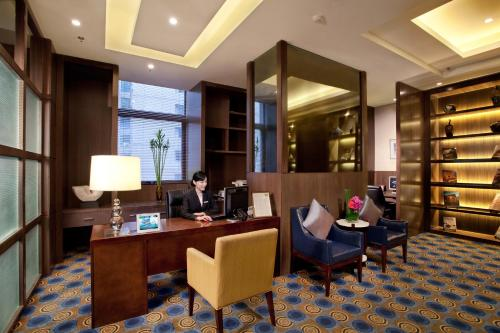 Courtyard By Marriott Shanghai Xujiahui photo 13