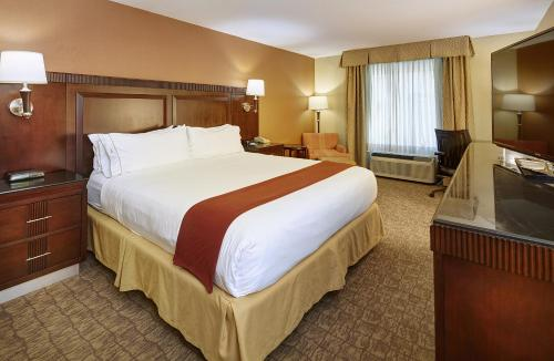 Holiday Inn Express And Suites San Diego - San Diego, CA 92121