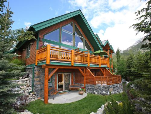 A Bear And Bison Country Inn In Canmore Ab Restaurant Non Smoking Rooms Wegoplaces Com