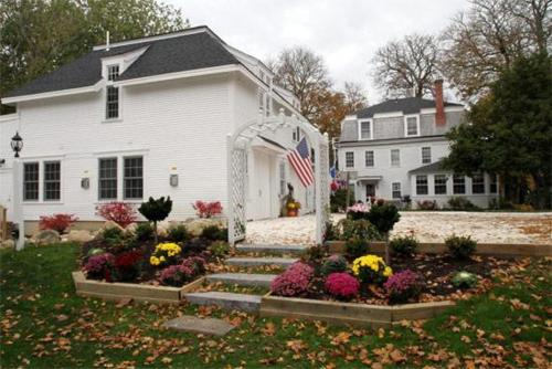 Old Manse Inn – Bed And Breakfast