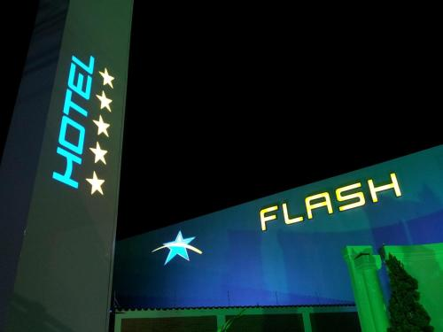 Flash Motel (Adult Only) Photo