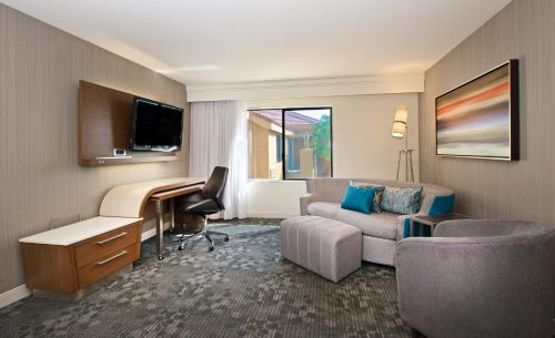 Courtyard By Marriott Palm Desert - Palm Desert, CA 92211