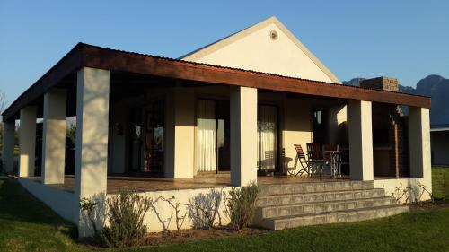 Paddabult Self Catering Cottages Photo