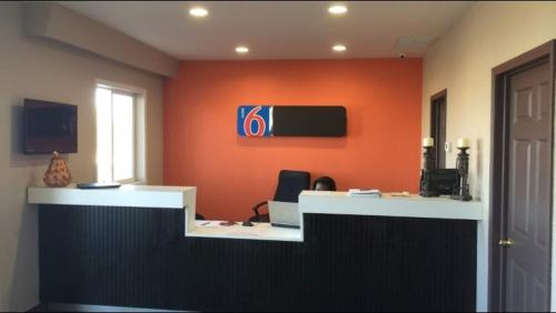 Motel 6 Mattoon Photo