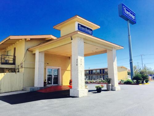 Travelodge New Braunfels - New Braunfels, TX 78130