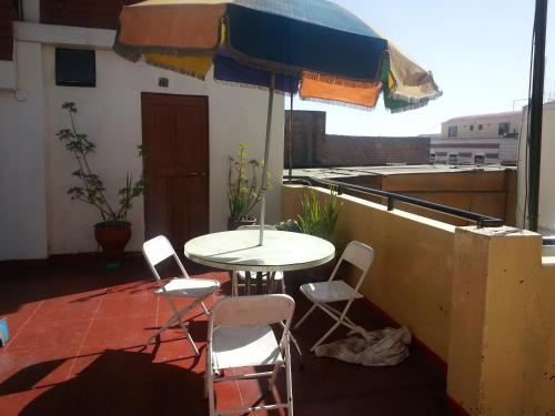 Hostal Residencial Rivero Photo