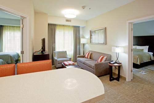 Staybridge Suites Austin North - Parmer Lane Photo