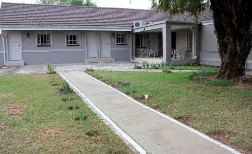 The Itumeleng Guest House Photo
