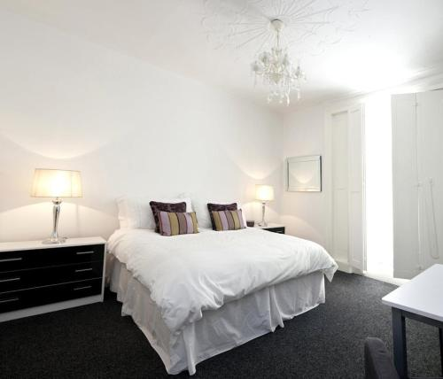 Photo of Camden Regents Apartments Hotel Bed and Breakfast Accommodation in London London
