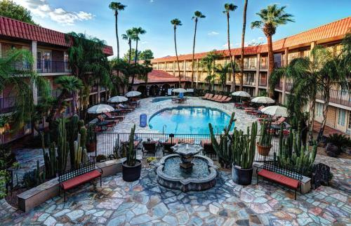 Foto de DoubleTree Suites by Hilton Tucson-Williams Center