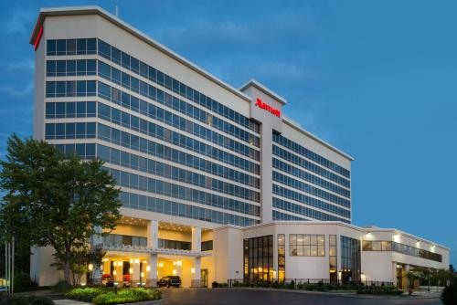 Marriott Memphis East Photo