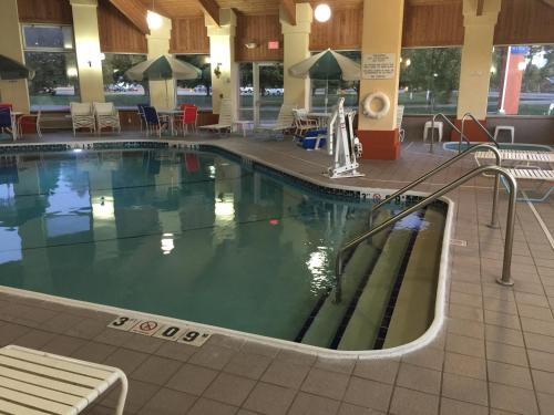 Baymont Inn & Suites - Pella Photo