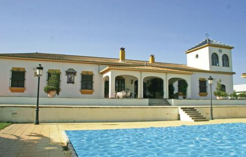 Holiday home Moron de la Frontera 72 with Outdoor Swimmingpool - фото