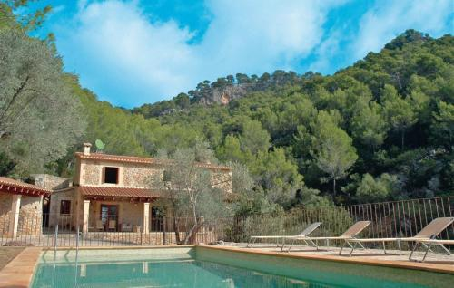 Гостиница «Holiday home Calle Castellet S/N», Каймари