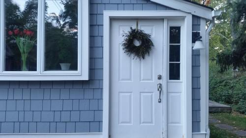Adorable Cottage (near Basking Ridge / Summit)