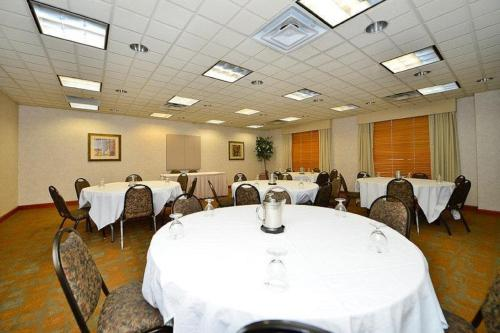 Best Western Regency Plaza Hotel - St. Paul East Photo